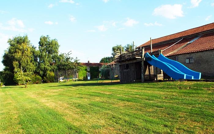 la grange garden games