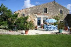 patio3-frene-cottage