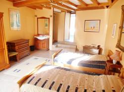 ground floor bedroom3