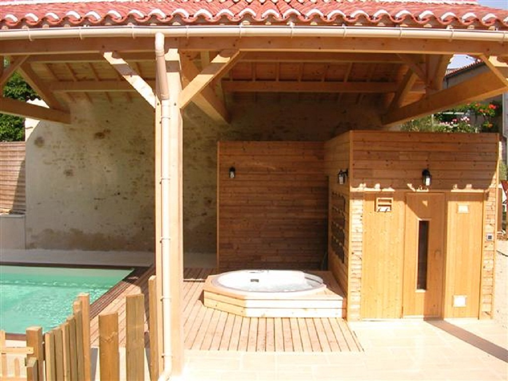 sauna and hot tub
