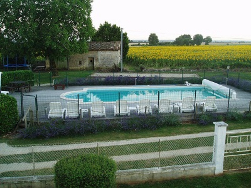 Swimming pool Petite Chataigne