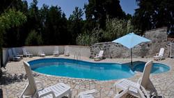 Le Cedre pool_Panorama1