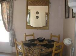 Chemin d alouette2 dining area