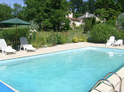 vouvant-cottage-french-rentals-gardens-353-1342472_2400_1800