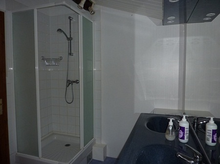 Maison-shower-room