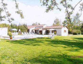 farmhouse holiday rental near Royan, poitou charente