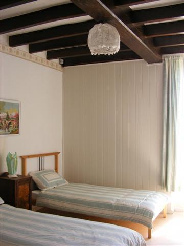 twin bedroom (Small)