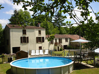 7 bedroom holiday home with heated pool, Vendee