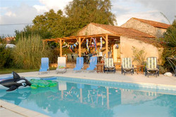 les meuniers pool, patio, private
