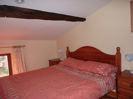 Gite-mezzanine-double-bedroom-R