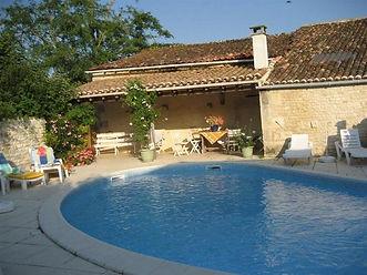 heated pool, gite holiday rental charente maritime