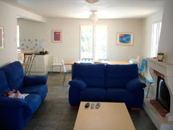 250-lounge