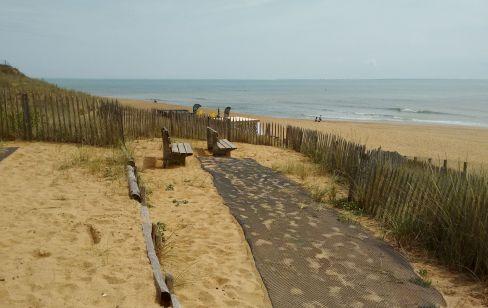 level acces to beach viewpint