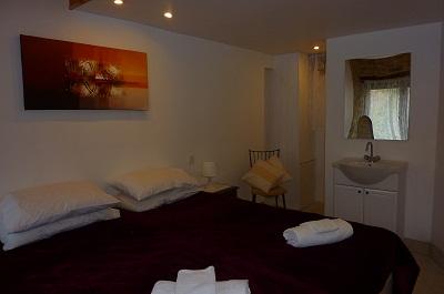le petit bijou bedroom3