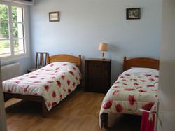 farmhouse 3x_Single_Bedded_Room