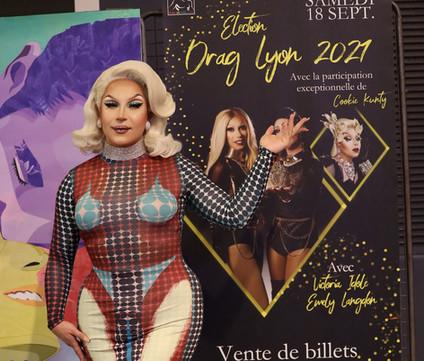 cookie-kunty-drag-tres-connue-dans-le-milieu-parisien-drag-queen-professionnelle-depuis-5-