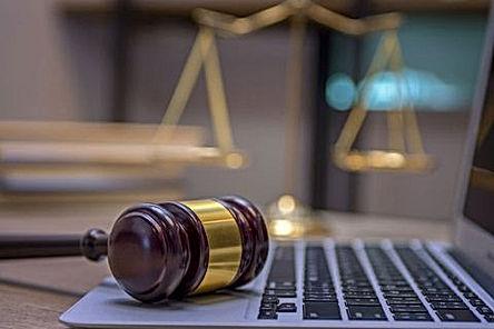 abogados333-1571646295.jpg