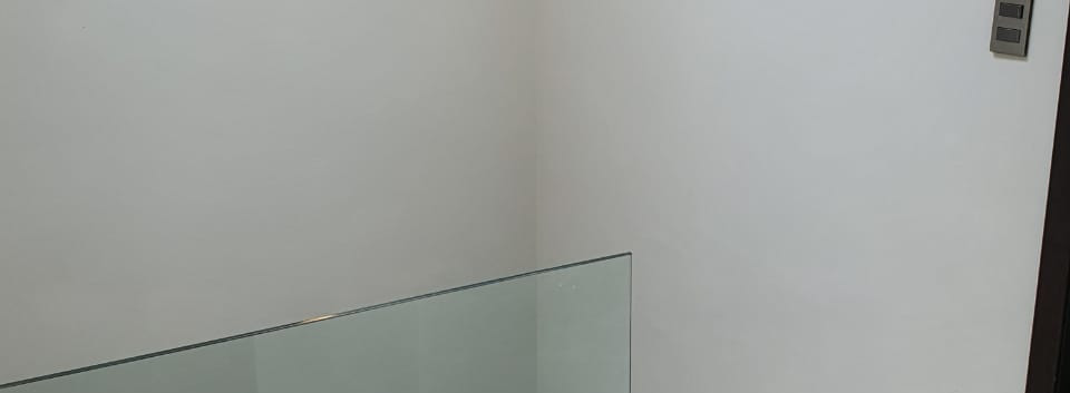 vista escaleras 1er nivel.jpg