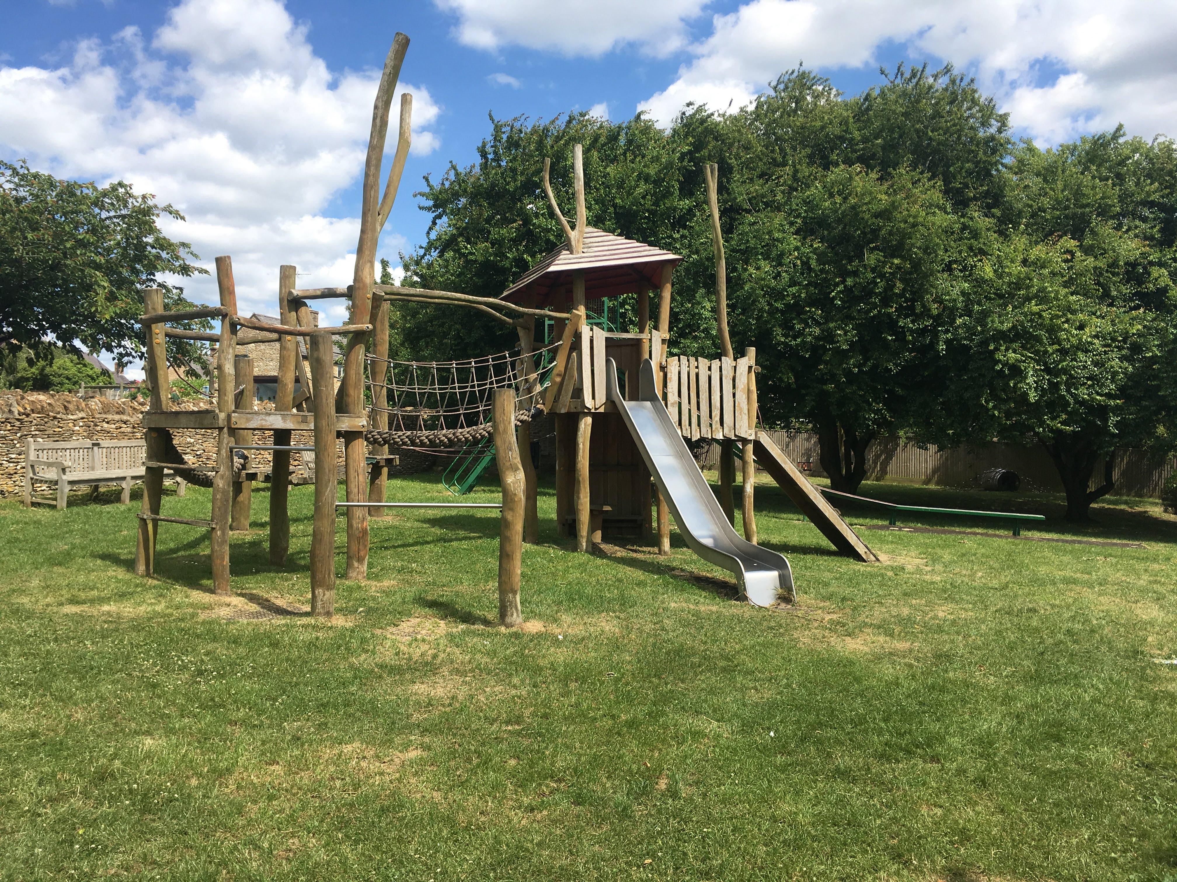 Playground, Memorial Hall