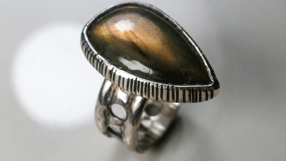 Gold Labradorite Ring - Silver 925°