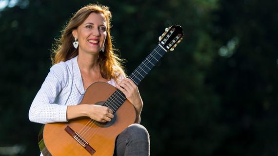 Anne-Sophie Ferrer, Gitarre