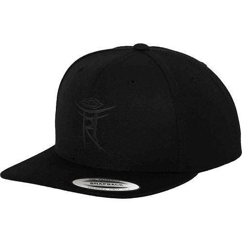 THE AUTHENTIC CLASSIC YUPOONG - SNAPBACK, BLACK