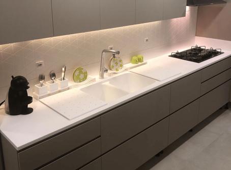 Como criar um projeto inovador com acessórios de cozinha personalizados