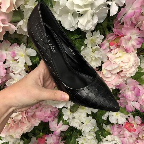 Croc court shoes