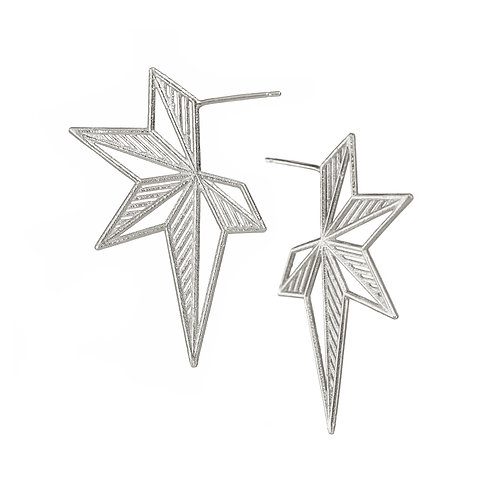 Hatched Star Earrings - silver