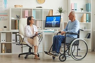 consultation-in-nursing-home-QBGJGU9.jpg