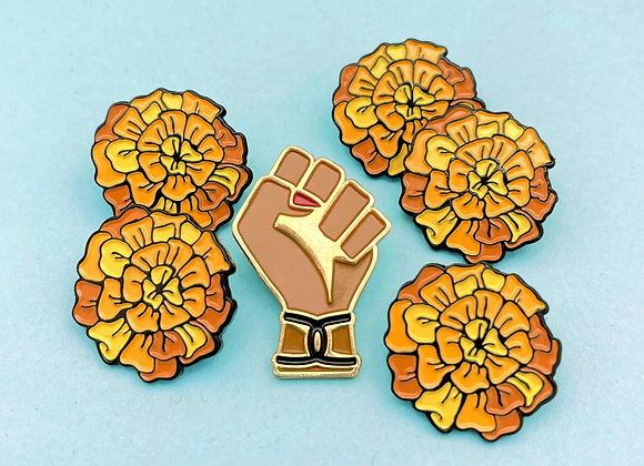 CHINGONA POWER PIN BUNDLE
