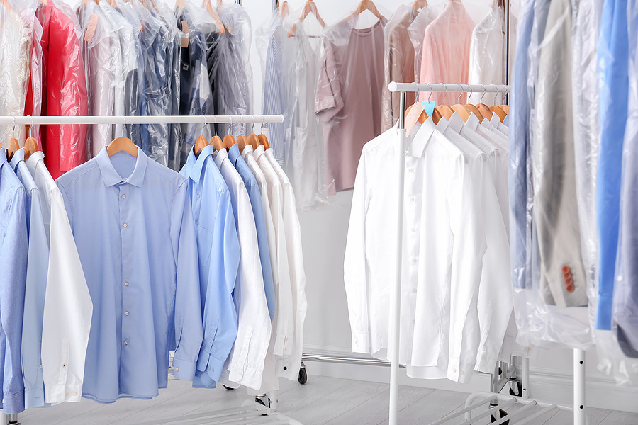 bigstock-Racks-With-Clean-Clothes-On-Ha-