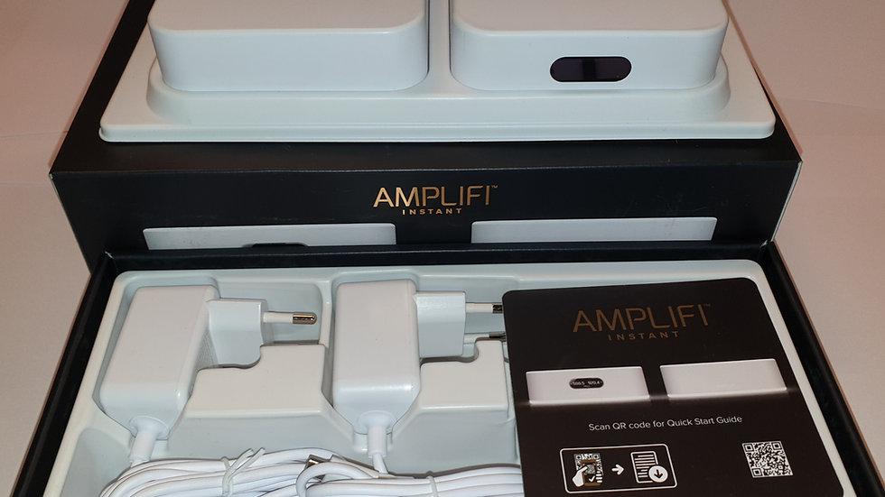 """WiFi Amplifi Instant SETT m/""""Dekningsutvidar"""""""