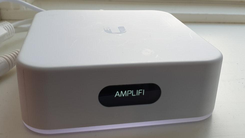 WiFi: AmpliFi Instant Router