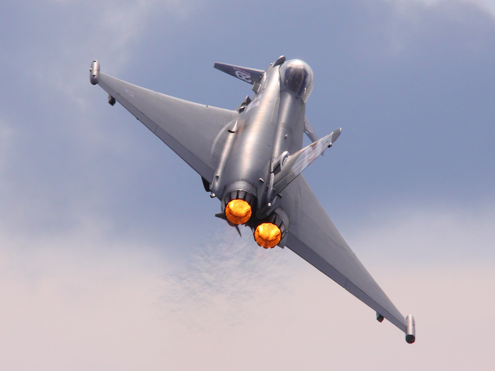Single source defence procurement