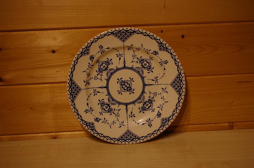 A ENGLISH IRONSTONE TABLEWARE LTD PLATE