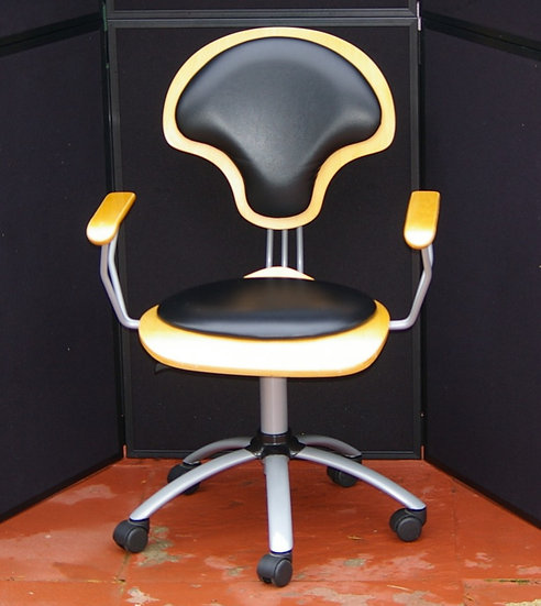 RETRO SWIVEL CHAIR