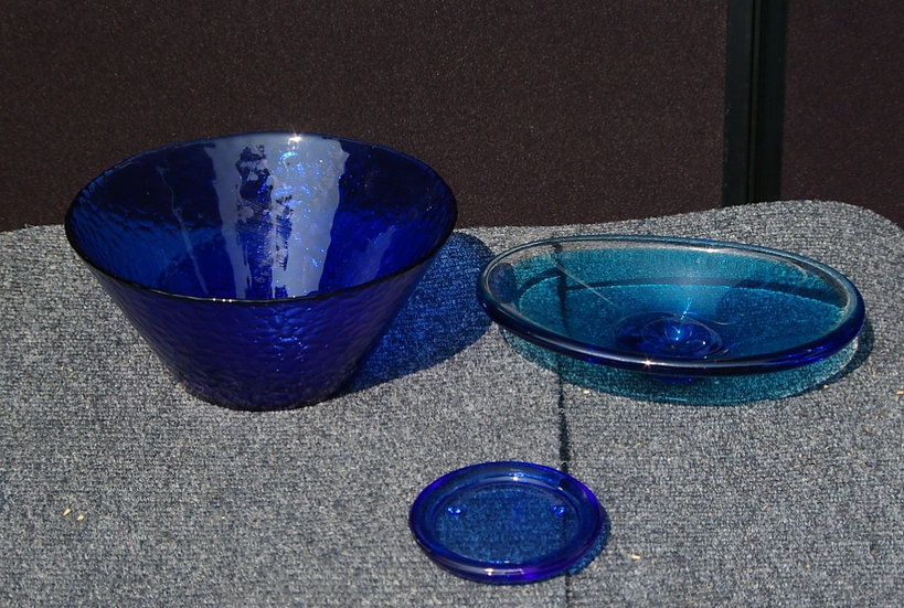 BLUE GLASS BOWL WITH SMALL AND MEDIUM DISH