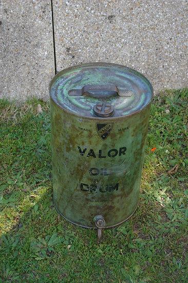 VINTAGE RETRO VALOR 5 GALLON OIL DRUM CAN