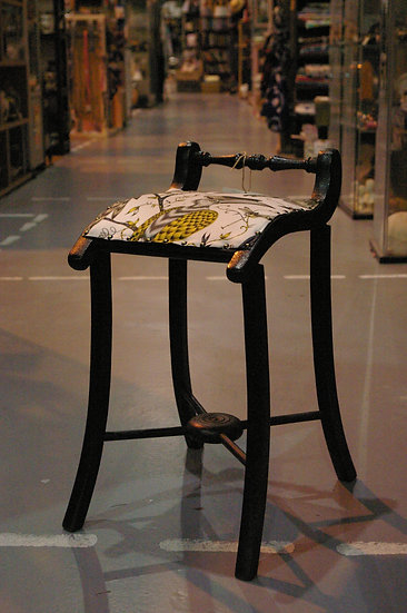 FRENCH PERIOD CHILDS LAB STOOL