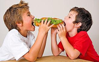 KidsEatSub.jpg