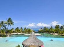 intercontinental-tahiti-resorts-swimming
