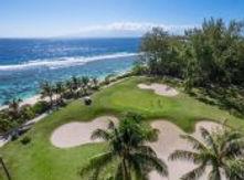 golfing-moorea-tahiti.jpg