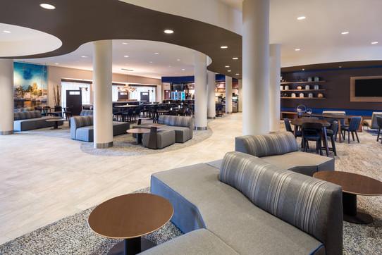 fllht-lobby-1301-hor-clsc.jpeg