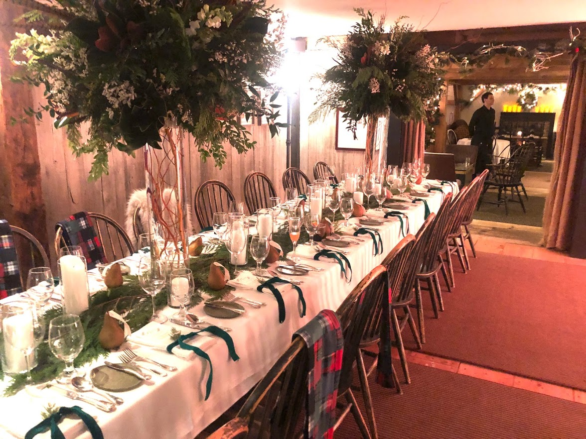 IW Vermont winter wedding table