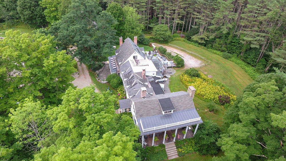 Aerial view of the inn at weathersfield in the woods