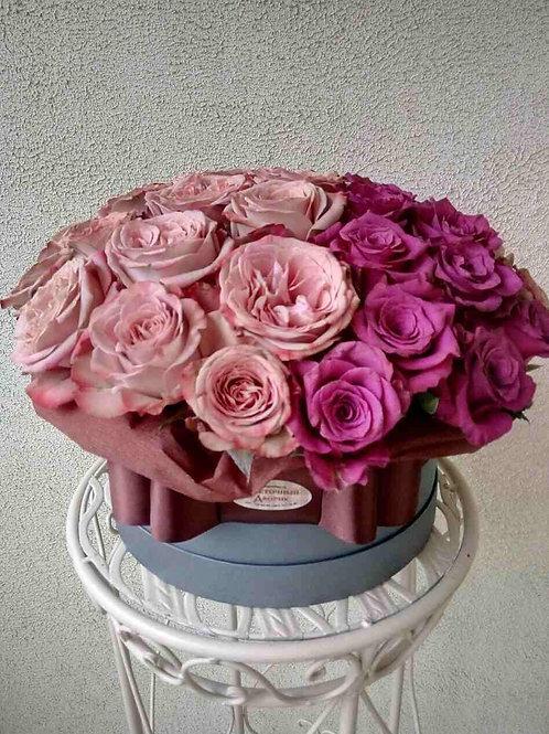 51 роза микс Винной розы с розой Капучино