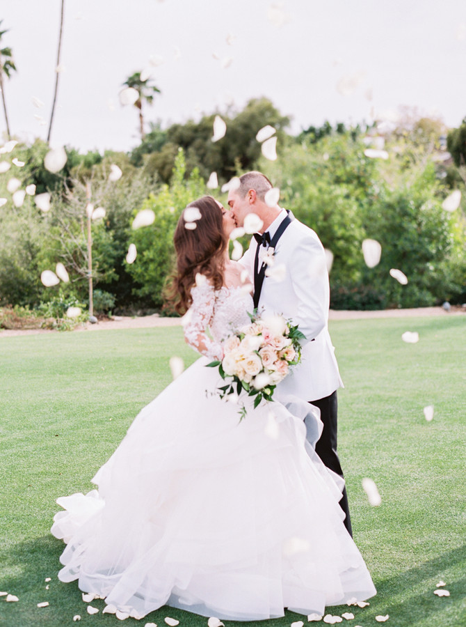 Alex + Stephen's Black Tie Wedding at Paradise Valley Country Club