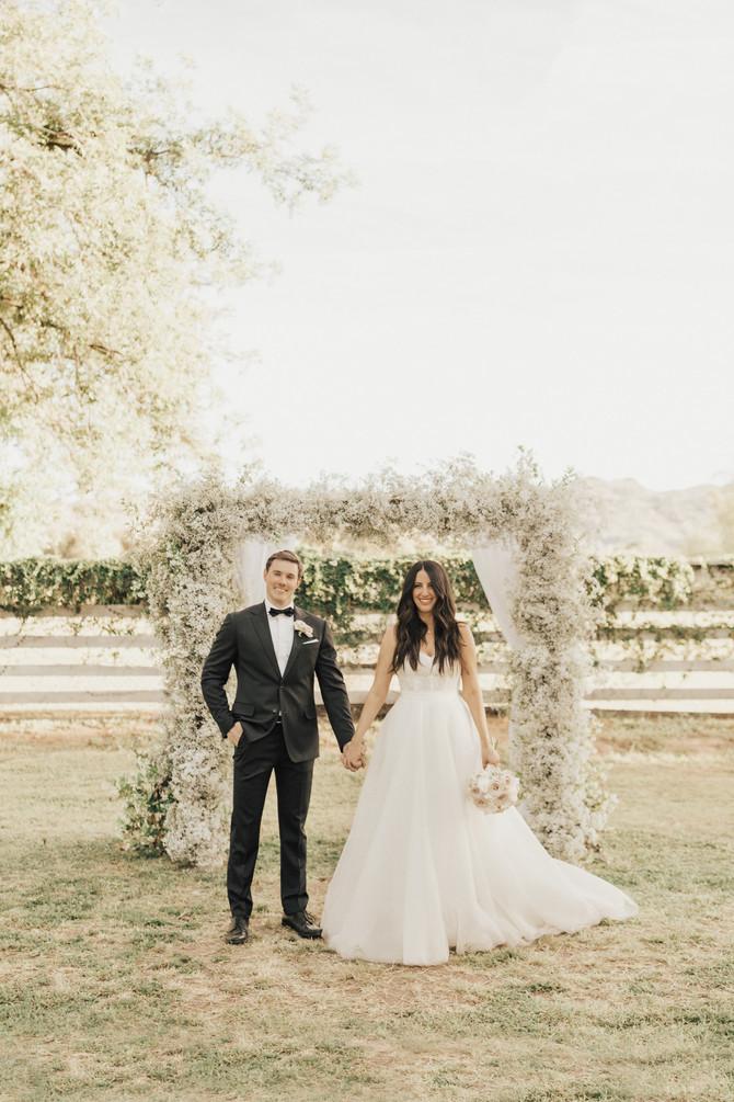 Lindsey and Garrett's Dreamy Wedding at the Farm
