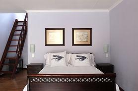 RM 1_Ed's Hopper  Bed.JPG